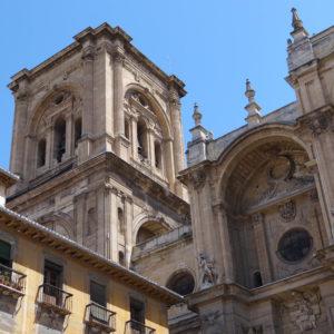 Torre_de_la_Catedral_de_Granada_(España)